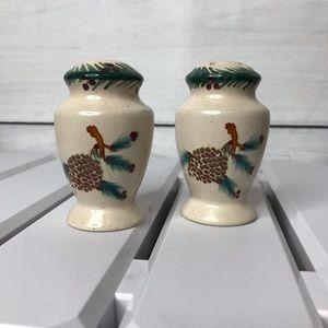 3/$15 Christmas winter pinecone salt pepper shaker